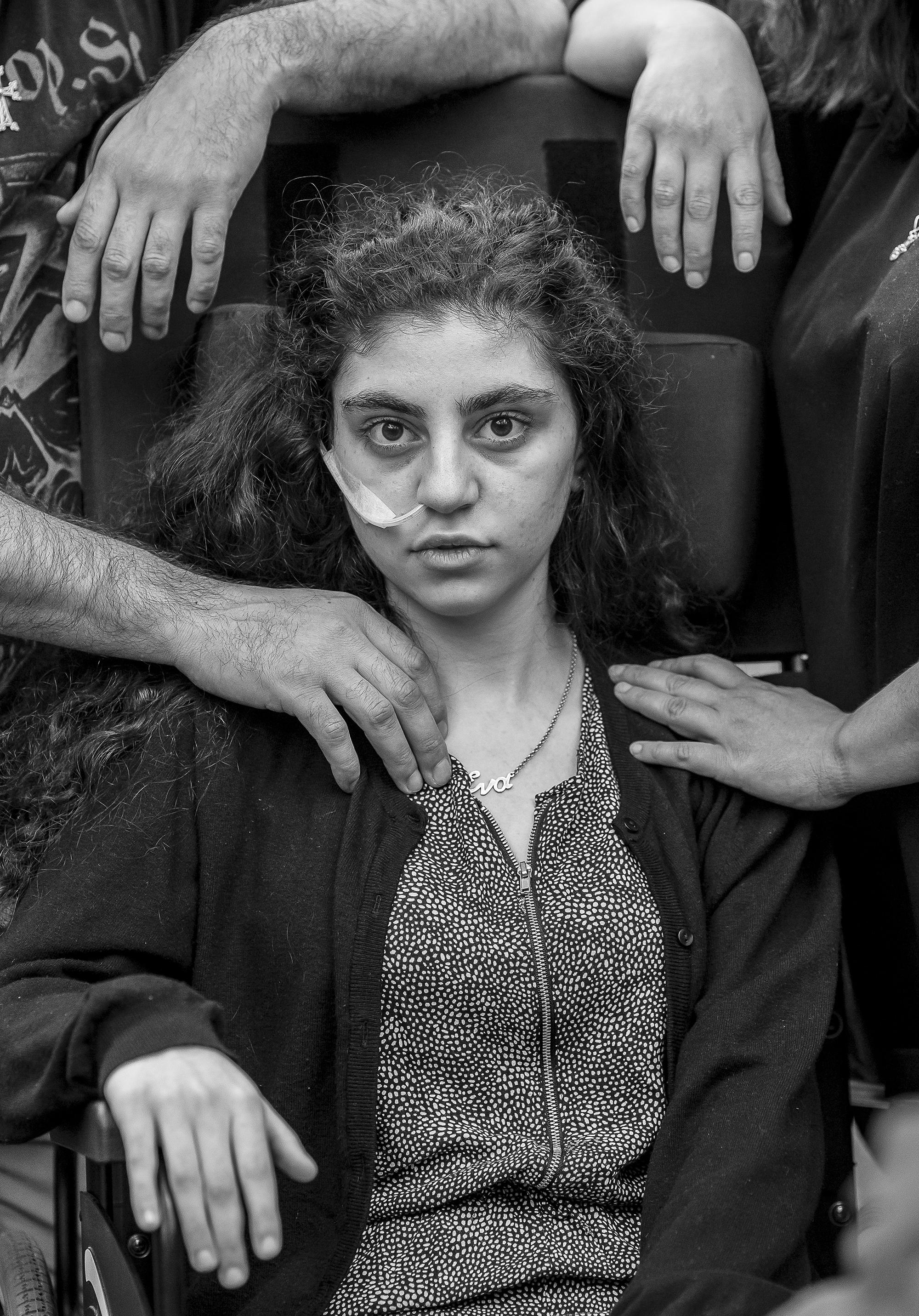 Ewa ontwaakt uit resignation syndrome - foto Tomasz Kaczor